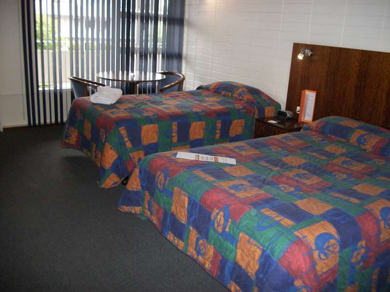 Country Comfort Hotel Adelaide CBD